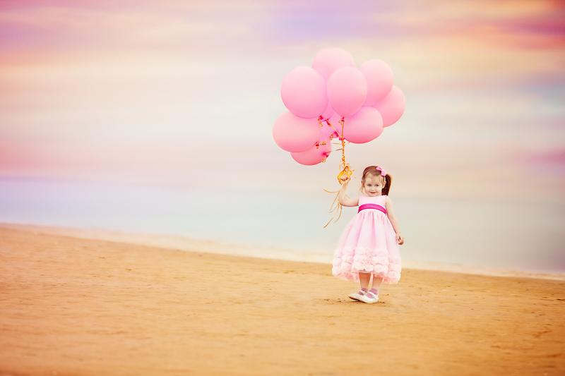 Как нарядить ребенка, если он отчаянно сопротивляется