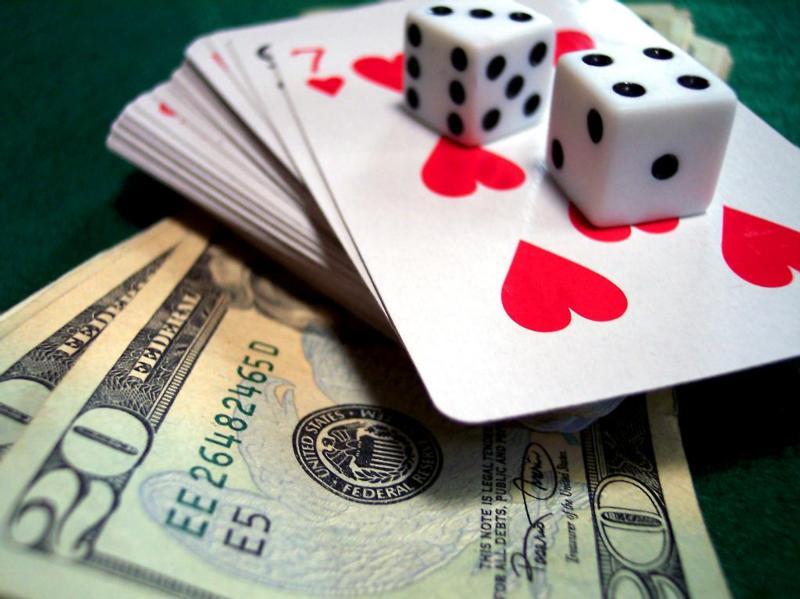 Как заработать денег в казино