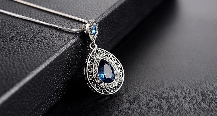 Как правильно выбрать серебряную женскую цепочку?