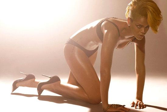 Рианна в откровенной фотосессии журнала GQ