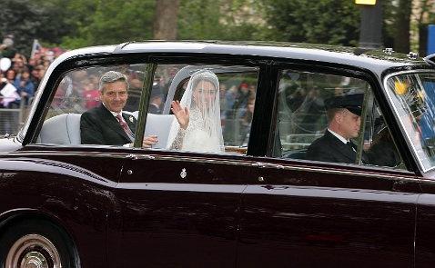 Свадьба элтон джон в платье 49